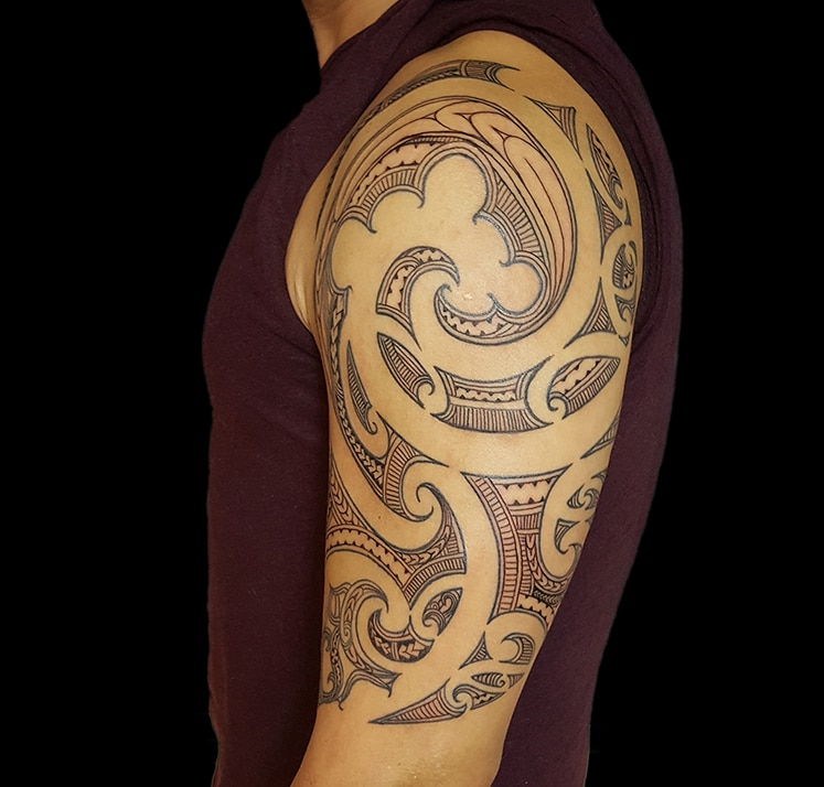 zone-tattoo-volly-maori-oberarm-01