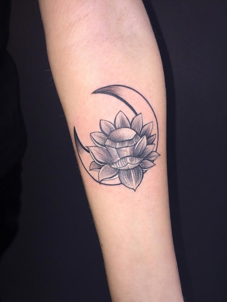 Zone-Tattoo-Dilo