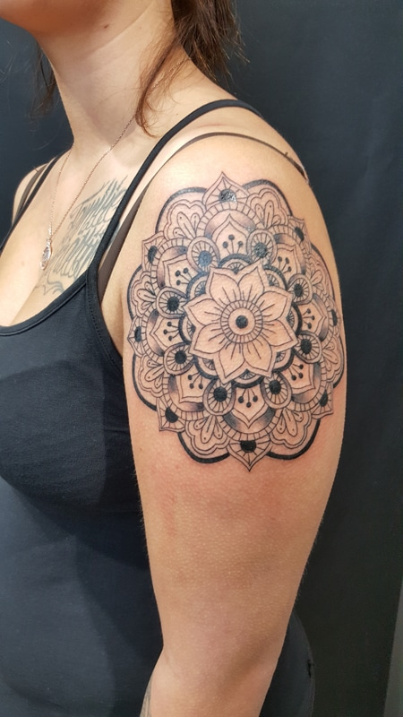 Zone-Tattoo-Volly-Mandala0001