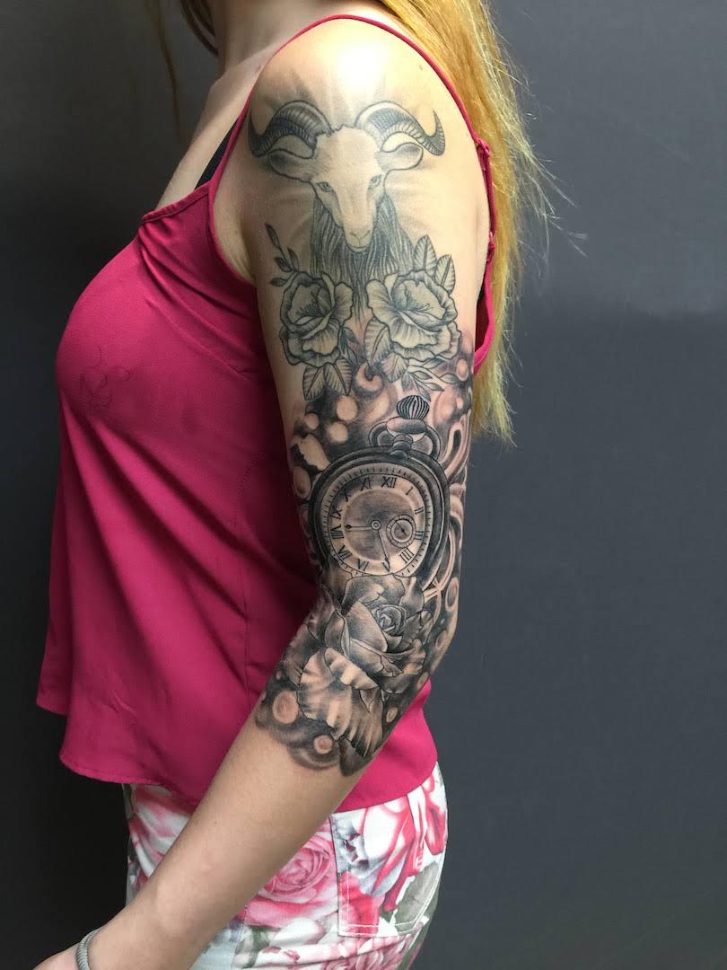 zone-tattoo- dilo- Blackandgrey