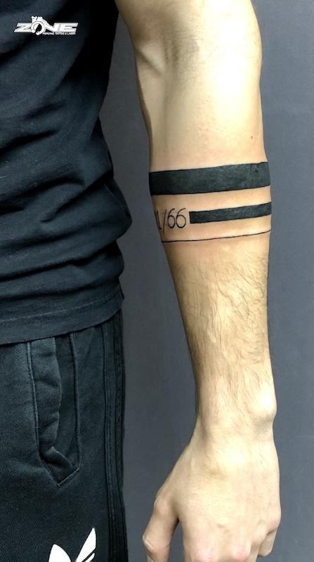 Zone-Tattoo-Dilo-Streifen -Schrift -Maori