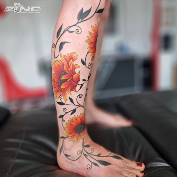 Zone Piercing - Tattoo - Volly - Blumen - Sonnenblume10
