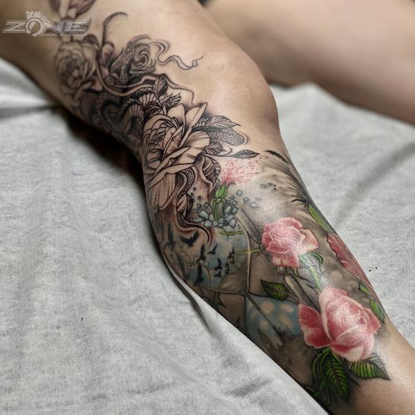 Zone- Tattoo- Piercing - Blackandgrey - Rose - Snake - Sanduhr - vogel- Braunschweig